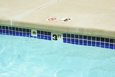 Free Three Foot Swimming Pool Water Marker Stock Images - 5683164