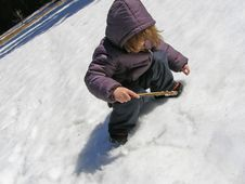 Free Child Playing In The Snow Royalty Free Stock Photo - 5683245
