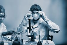 Free Lab Work Royalty Free Stock Images - 5684499
