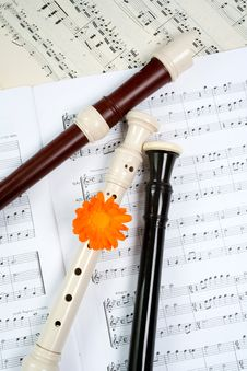 Free Flutes Between Dots Stock Photography - 5686152