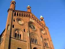 Free Cremona S Dome Stock Photography - 5689492