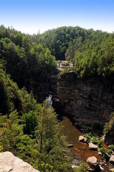 Free Waterfall Royalty Free Stock Image - 5690606
