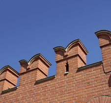 Free Wall With Battlement Royalty Free Stock Photo - 5691985