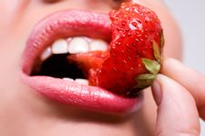Free Mouth With Red Strawberry Stock Photography - 5694102