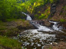 Free Falls, Water, And Stone On A Summer Evening Royalty Free Stock Photos - 5697528