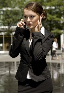 Free Young Businesswoman Royalty Free Stock Images - 5697659