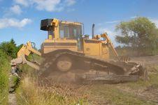 Free Bulldozer Royalty Free Stock Images - 5698719