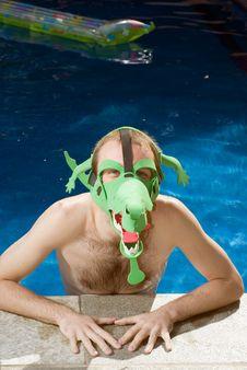 Free Man Wearing Crocidile Mask - Vertical Royalty Free Stock Photos - 5698928
