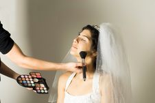 Free Soon-to-be Wife Getting Make-up Done - Horizontal Royalty Free Stock Image - 5699016
