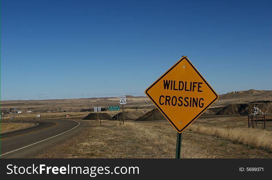 Wildlife Crossing Street Sign