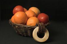 Free Fruit Basket Stock Images - 572684