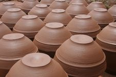 Free Pots Royalty Free Stock Image - 573566