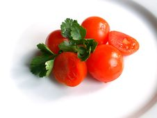 Free Cherry Tomatos Royalty Free Stock Photo - 573575