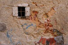 Free Window In A Ruin Stock Photo - 579350