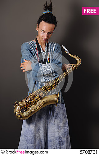 Free Teen Saxo Player Stock Image - 5708731