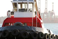 Free Bright Red Tugboat Stock Photography - 5700662