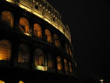 Free Colosseum In The Night Stock Image - 5700731