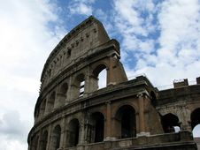 Free Colosseum In Rome Royalty Free Stock Photography - 5700737
