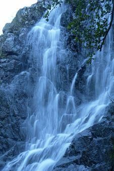 Free Waterfall Royalty Free Stock Photo - 5703115
