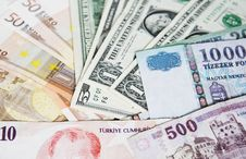 Free Different Currencies Royalty Free Stock Photos - 5703548