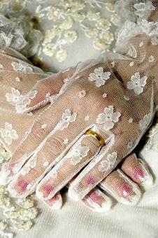 Free Wedding Ring Royalty Free Stock Image - 5704726