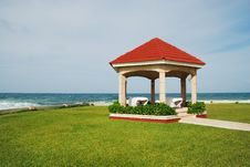 Free Gazebo And Ocean Stock Image - 5704771