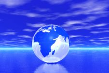 Free Globe In Ocean Stock Photography - 5709092