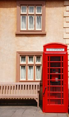Free British Telephone Box Royalty Free Stock Photos - 5710108