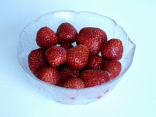 Strawberrys In A Little Bowl Stock Photography