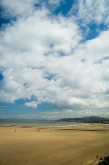 Free The Welsh Beach Royalty Free Stock Image - 5711556