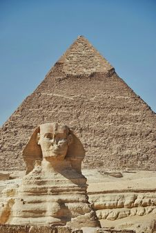 The Sphinx And The Chephren Pyramid Royalty Free Stock Photos