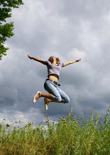 Free Happy Young Woman Jumps Royalty Free Stock Image - 5715606