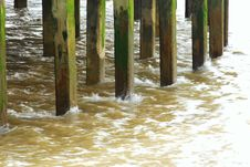 Free Water Around Pier Legs Royalty Free Stock Images - 5717999