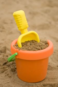 Free Toys In Sand Royalty Free Stock Image - 5718236