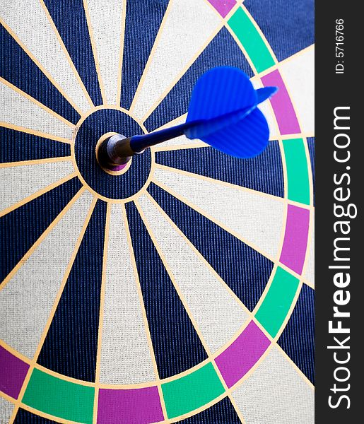 Magnetic dart board with darts