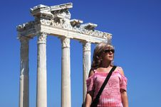Free Woman Near The Antique Ruins Royalty Free Stock Image - 5720246