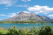 Free Waterton Lake And Mountains Stock Photos - 5721903