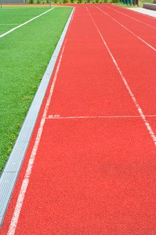 Free Track On The Stadium Royalty Free Stock Images - 5724899