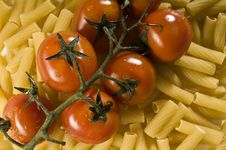 Free Tomato & Pasta Royalty Free Stock Photography - 5725567