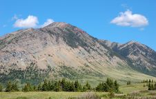 Free Mountains And Meadows Royalty Free Stock Image - 5728976