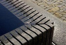 Free Stone Fountain Stock Photography - 5730132
