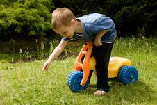 Free Little Explorer Royalty Free Stock Images - 5730199