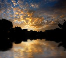 Free Morning Sunrise On Water Surfa Stock Photo - 5732270