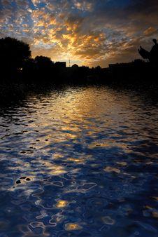 Free Morning Sunrise Reflected Wate Stock Photo - 5732420