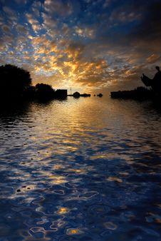 Free Morning Sunrise Reflected Wate Stock Photos - 5732493