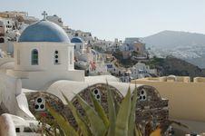 Free Santorini Church Royalty Free Stock Photos - 5735798