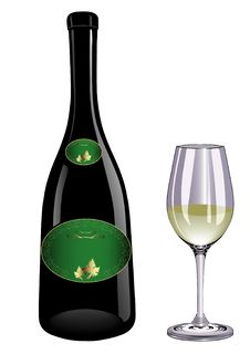Free White Wine And Glass Royalty Free Stock Image - 5735886