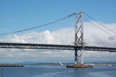 Free Forth Road Bridge Royalty Free Stock Photography - 5737247