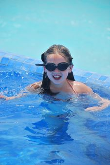 Free Young Girl In Swimming Pool Stock Photo - 5737830