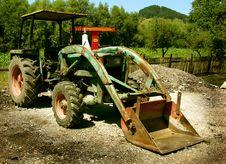 Free Rusty Tractor Whit Bucket Stock Photo - 5739210